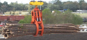 Self – Contained Hydraulically Operated Log Grabs