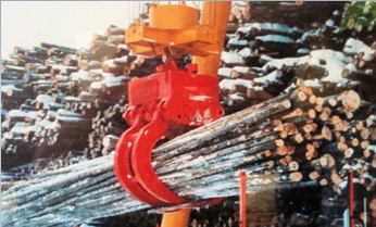 Self-Contained Low Profile Hydraulically Operated Log Grabs